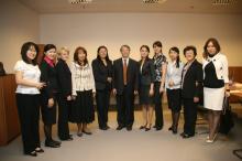 Ma Венпу - Заместитель Председателя Комитета по Иностранным Делам Национального Народного Конгресса Китайской Народной Республики, Ракишева Б. – Директор «ЦЕССИ-Казахстан».